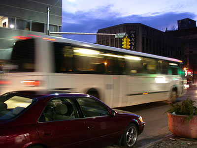 050218_bus.jpg