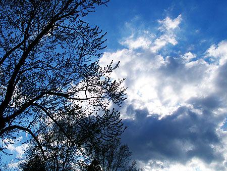 050424_clouds.jpg