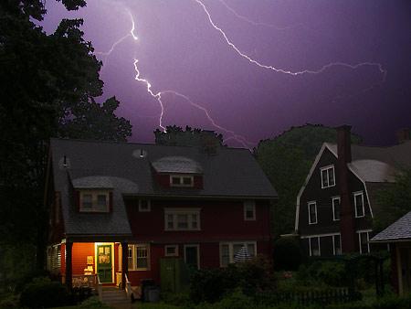 050722_lightning.jpg