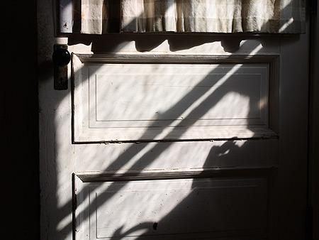 080815_closeddoor.jpg
