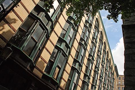 20090831_facade_1254-470.jpg